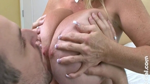 Busty whore Annabelle Flowers nailed rough