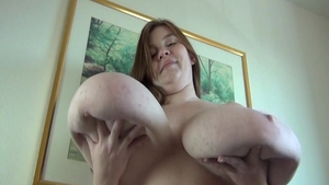 Solo big tits & chubby slut Lexxxi Luxe bouncing on a dick