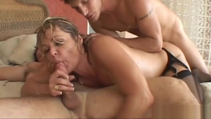 MILF Kelly Leigh gets plowing hard in HD