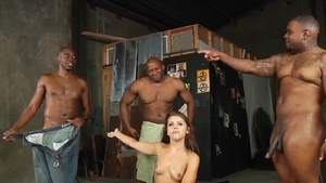 Muscle pornstar Adriana Chechik lusts gangbang HD