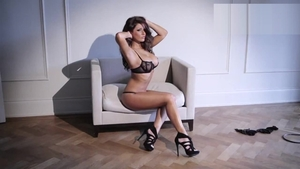 Lucy Pinder got her pussy smashed