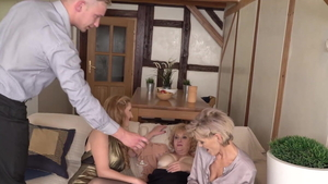 Hottest granny dick sucking in HD