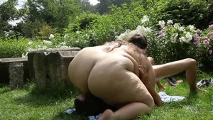 Big butt BBW facesitting outdoors in HD