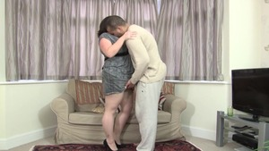 Chubby british MILF agrees to real sex
