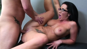 Raw pussy fucking along with big boobs cougar