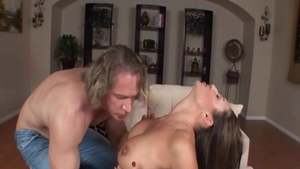 Hard sex escorted by big butt pornstar Sky Taylor