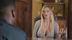 Kenzie Taylor finds pleasure in nailing in HD