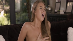 Young Jill Kassidy dick sucking fingering