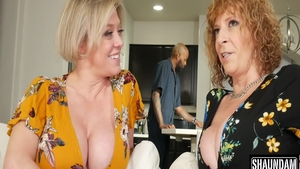 Busty Dee Williams fucked in the ass threesome