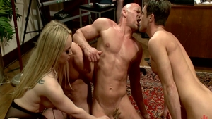 Very sexy Aiden Starr among Chad White rough femdom