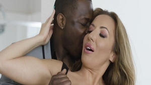 Elle Ryan & big tits hotwife Richelle Ryan cheating sex scene