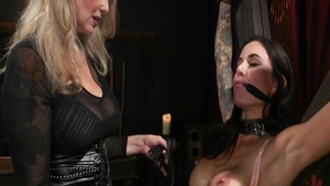 Loud sex with big boobs Gia Dimarco escorted by Julia Ann