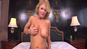 Hard pussy fucking in the company of dirty granny