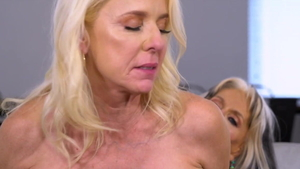 Big tits Luna Azul fingering and Rita Daniels in club