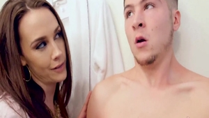 Very hawt housewife Chanel Preston reality creampied
