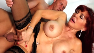 Good fucking along with dirty mature Sexy Vanessa