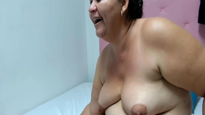 Chubby latina lesbian mother rubbing live on webcam