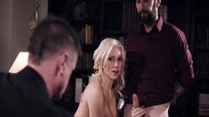 Erotic MILF Kenzie Taylor pounded by Tommy Pistol