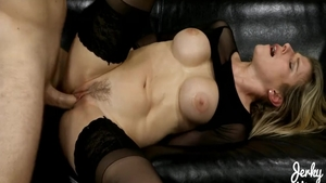 Big ass very hawt babe Cory Chase hardcore pussy eating