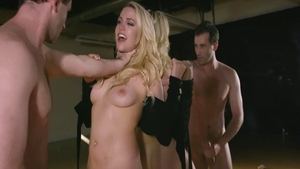 Hot banker Mia Malkova & big butt James Deen seduce