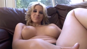 Big tits blonde Sarah Vandella wants blowjob HD