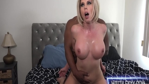 Tattooed & big boobs Amber Chase sucking cock