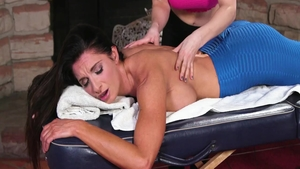 Busty MILF Silvia Saige has a thing for plowing hard