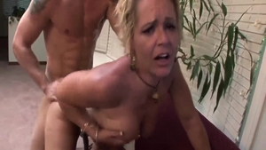 Large tits blonde Kelly Leigh steamy doggy style