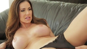 Big ass american mature feels in need of dick sucking in HD