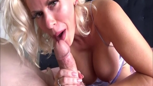 Sweet stepmother Casca Akashova wishes for ramming hard in HD