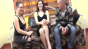 Glamour french brunette gets erotic nailing on the couch