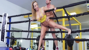 Large tits Richelle Ryan with Johnny Castle hard cheating