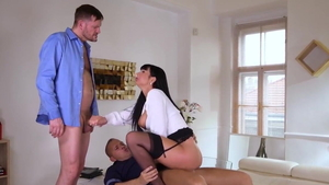 Valentina Ricci in company with Thomas Stone bouncing on cock