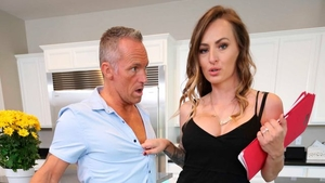 Curly MILF Natasha Starr rushes rough nailing