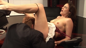 Hawt brunette does what shes told in office