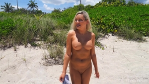 Solo large tits blonde flashing outdoors