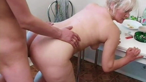 Young & alternative blonde rough sucking dick