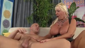 Large boobs Mandi McGraw got slammed hard