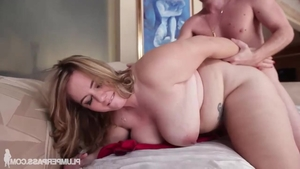 Handjob along with big butt stepmom