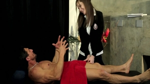 Alice White bends over video