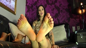 Solo charming brunette feet fetish