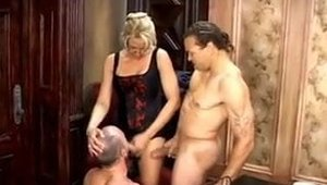Pussy fucking starring bisexual