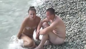 Good fucking in company with couple