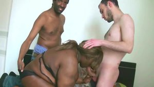 Stephane prodx - French BBW gets a buzz out of slamming hard