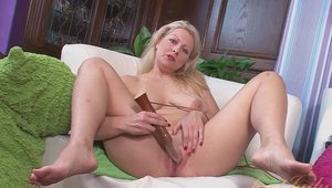 Aunt Judy's - Zoey Tyler takes huge vibrator