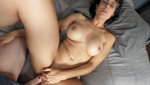 Stepmom Penny Barber feels up to pussy fucking HD