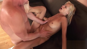 Raunchy receiving facial escorted by stiff mature Payton Leigh