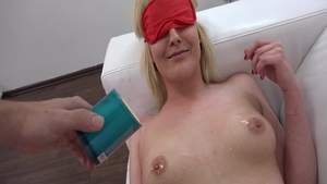 Very sexy amateur blindfolded at castings